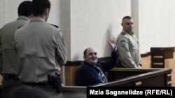 Георгий Руруа в зале суда