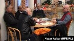 متقاعدون عراقيون في السويد
