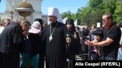Mitropolitul Moldovei Vladimir, reprezentând Biserica Ortodoxă Rusă