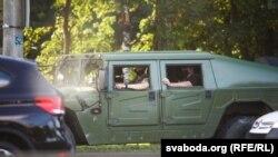 ДАІ зупиняє деякі автомобілі для огляду, повідомляє білоруська служба Радіо Свобода