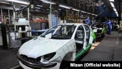 بر اساس طرح مجلس، خودروسازانی میتوانند خودرو وارد کنند که خودرو صادر کنند