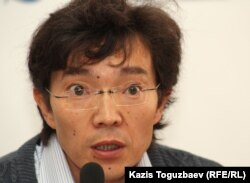 Галым Агелеуов, гражданский активист. Алматы, 16 апреля 2012 года.