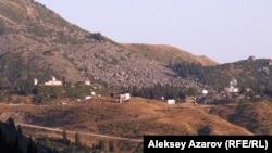 Үлкен Алматы көлі маңындағы Тянь-Шань обсерваториясы. Алматы, 27 тамыз 2006 жыл.