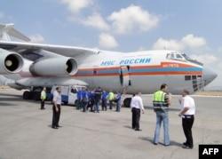 За последние 3 года в аэропорту Латакии часто приземлялись самолеты Минобороны и МЧС России