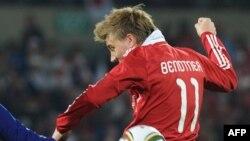 Nicklas Bendtner Yaponiya yığmasına qarşı, 24 iyun 2010