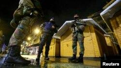 Военные патрулю в центре Брюсселя
