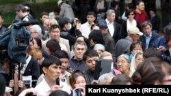"""Алматыдағы """"қарсылық жиыны"""". Алматы, 28 сәуір 2012 жыл."""