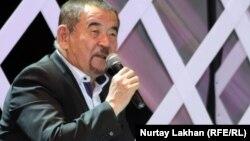 Журсин Ерман, ведущий айтысов. Алматы, 2 июня 2012 года.