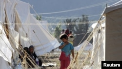 Сирийские беженцы в турецком лагере, Яйладагы, , 9 июня 2011