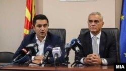 Зоран Атанасов (десно) со министерот за економија, Крешник Бектеши