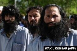Америкалықтар ұстаған тәліп содырлары. Кабул, 26 мамыр 2021 жыл.