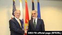 دافغانستان اجراییه رییس عبدالله عبدالله او د امریکې دفاع وزیر جیمز میتیس