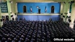 آيت الله خامنهای در ديدار با فرماندهان و کارکنان نيروی هوايی جمهوری اسلامی.