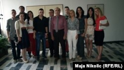 Studenti Pravnog fakulteta sa rektorom