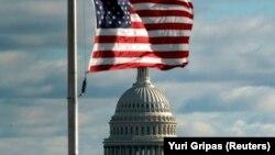 سناتورهای دمکرات و جمهوریخواه، کریس ون هولن و مارکو روبیو، این طرح تازه را در روز ۱۴ فروردین ماه ارائه کردند