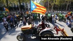 Мітинг на підтримку відділення Каталонії. Барселона, 10 жовтня 2017 року