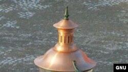 "Газовые фонари все еще встречаются на улицах европейских городов. <a href = ""http://commons.wikimedia.org/wiki/Image:Lamppostmaastricht.jpg?uselang=ru"" target=_blank>Wikipedia. GNU Free Documentation</a>."