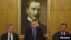 Recep Tayyip Erdoğan Atatürk Beynəlxalq Hava Limanında - 2013