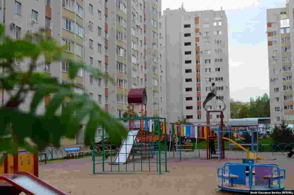 """Квартиры в """"Перспективном"""" преимущественно покупают молодые семьи. Обычно это их первое жилье."""
