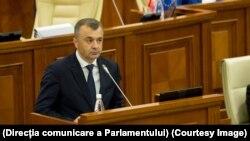 Premierul Ion Chicu în Parlament, noiembrie 2019