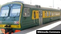 Классический пригородный поезд