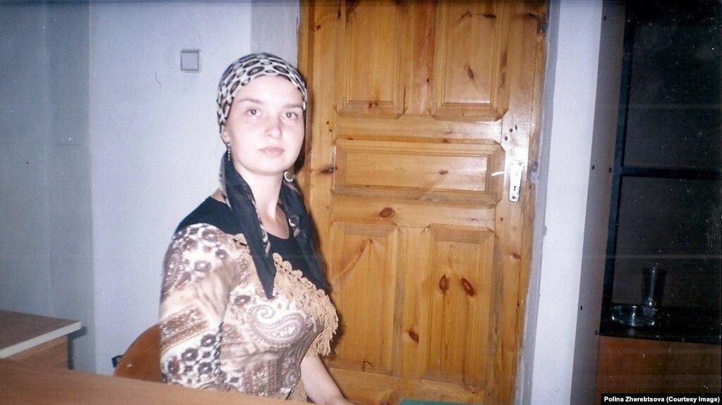 Секс девушка в метро молодежная по 1500