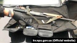 Фото зброї, вилученої після перестрілки у Броварах 29 травня 2020 року, Київщина (фото з сайту Нацполіції)