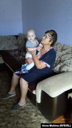 Мама Игоря Галина Михайловна с правнуком