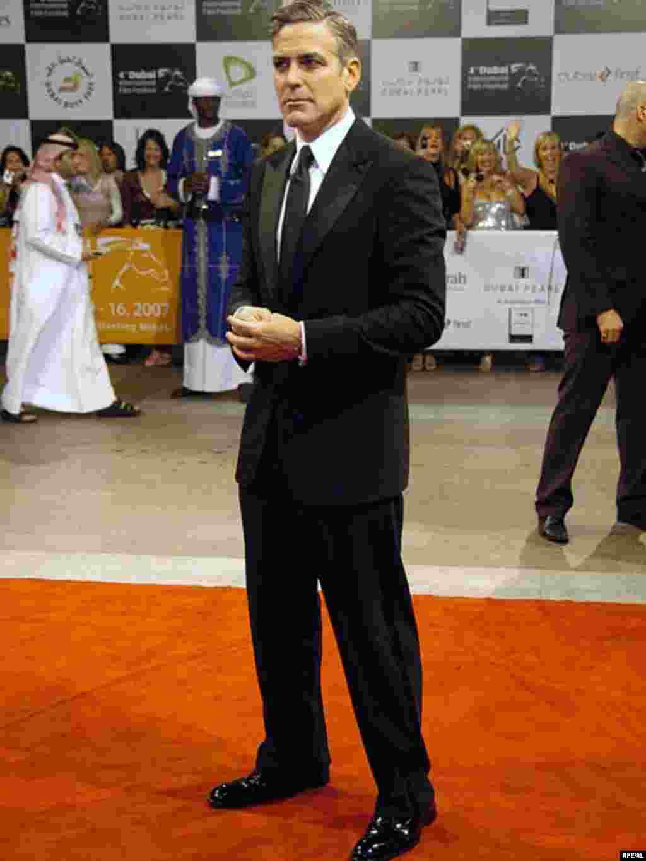 جرج کلونی، کارگردان و هنرپیشه آمریکایی