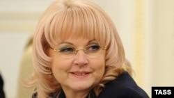 Голикова отметила, что соответствующий указ о создании межведомственной комиссии по координации работы в сфере социально-экономического развития Абхазии и Южной Осетии был подписан Владимиром Путиным