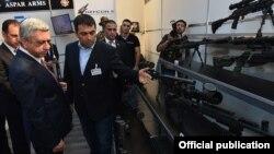 Հայաստանի նախագահ Սերժ Սարգսյանը այցելում է ArmHiTech-2016 ցուցահանդես, Երևան, 15-ը հոկտեմբերի, 2016թ․