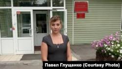 Пострадавшая Марина Рузаева, обвиняющая троих полицейских в истязании