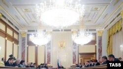 Скоро услуги росиянам будет оказывать не только реальное, но и виртуальное правительство.