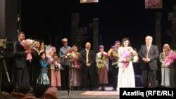 Туфан Миңнуллин Оренбурда 2011 елда театр сезонын ябу тантанасында