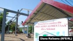 Piața în construcție la Selemet