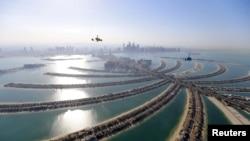 Вид на Дубай, крупнейший город Объединtнных Арабских Эмиратов