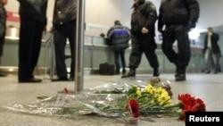 На месте теракта в аэропорту Домодедово