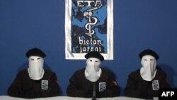 Архивска фотографија: Обраќање на членови на ЕТА во 2011 година