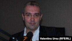 Sergiu Sârbu, deputat PDM, în studioul Europei Libere