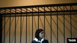 Надежда Толоконникова в зале суда, 26 апреля 2013