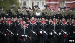 Казаки на репетиции военного парада в Москве, 7 мая 2015 года
