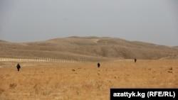 Кадамжай. Кыргыз-өзбек чек арасы. 2013-жыл.