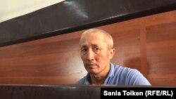 Житель города Актау Абловас Джумаев, обвиняемый в «разжигании розни», в суде по его делу. Актау, 31 июля 2018 года.