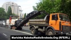 Ремонт дороги у Києві