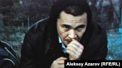 Главный герой фильма «Шлагбаум» режиссера Жасулана Пошанова.