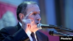 Armenia -- Leader of Armenian National Congress speaks at the opposition rally in Yerevan, 08May2012