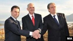Средба на премиерите на Македонија, Грција и Албанија Никола Груевски, Јоргос Папандреу и Сали Бериша во Преспа на 27 ноември 2009 година.