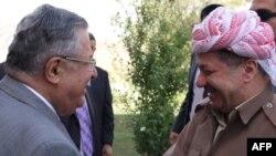 طالباني وبارزاني في لقاء سابق