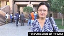 Анибал Сыздықбаева, мектеп бітіруші жетім баланың асыраушысы. Астана, 14 тамыз 2017 жыл.