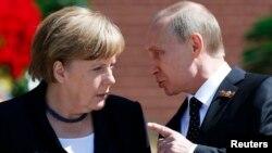 Востаннє канцлер Німеччини Анґела Меркель їздила до Росії з візитом 10 травня 2015 року